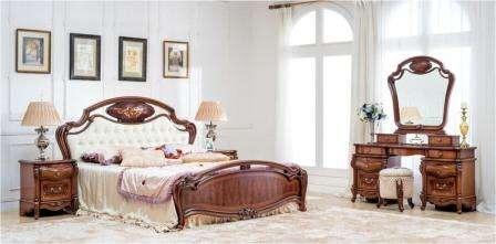 Спальня Monaco CF 8719 в благородном ореховом цвете выполнена с использованием технологии шелкографии. На фасады нанесен рисунок, покрытый лаком.