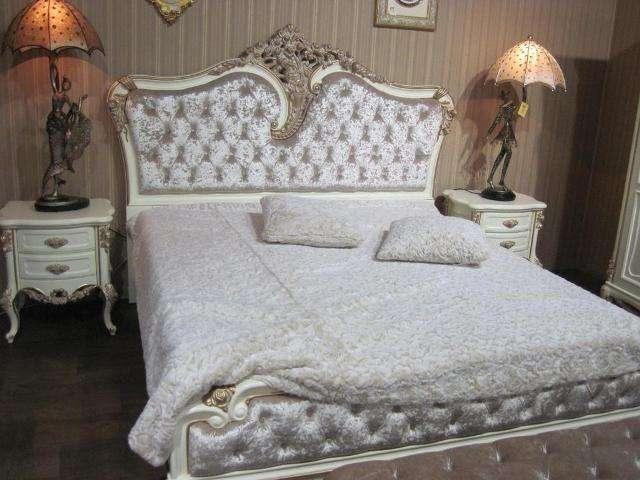 Если вы – приверженец экологически безопасных материалов и высокого качества, то спальня из массива Provans от In Style Group займет важное место в вашей квартире