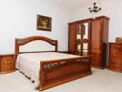 Красивая мебель для спальни Валенсия София. Фото