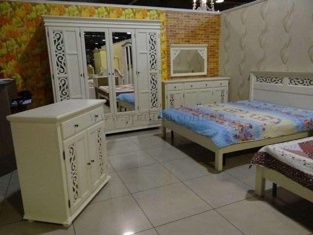 Белая мебель для спальни ARABESK, Румыния